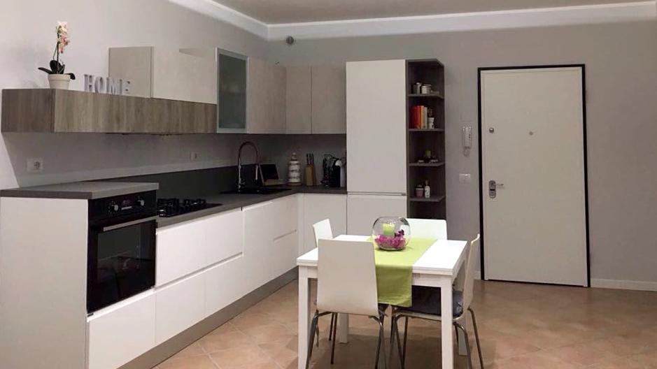 Cucina stile moderno di Berloni realizzata da CASA+ Mantova ...