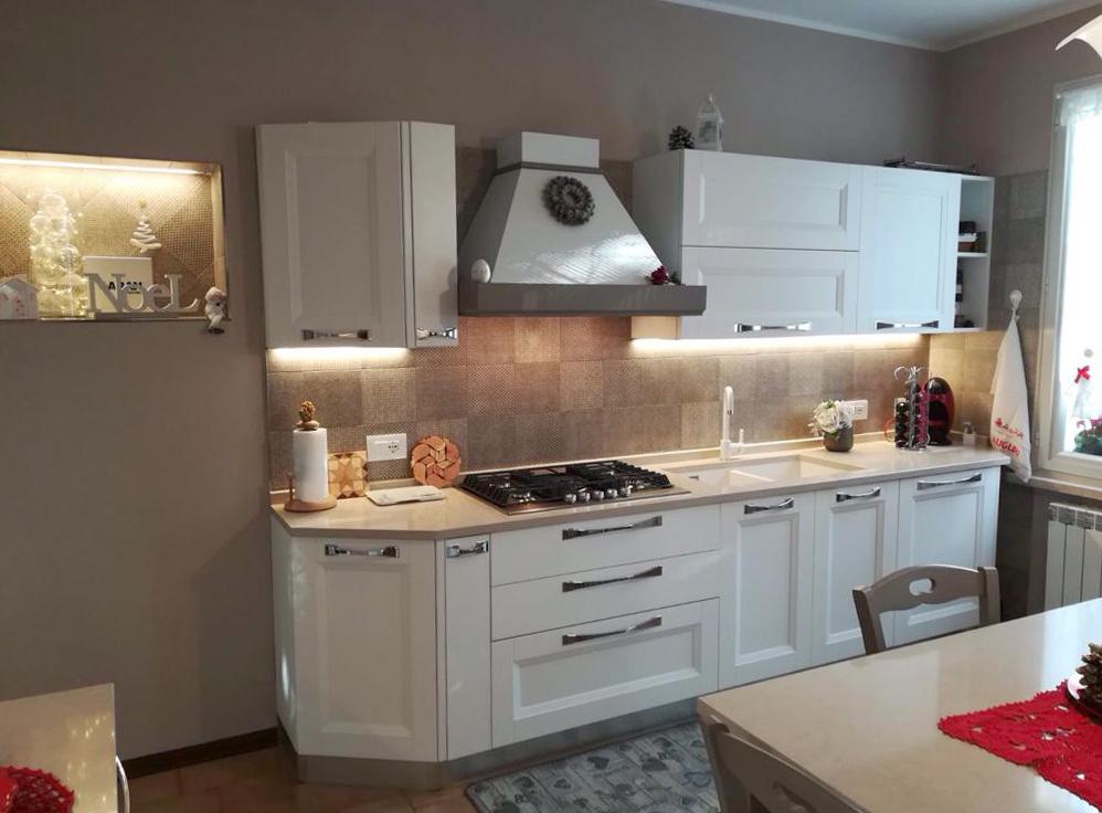 Cucina in stile shabby chic modello ylenia di aran casa